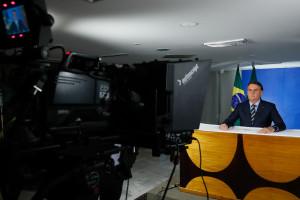 Jair Bolsonaro em discurso sobre corona vírus